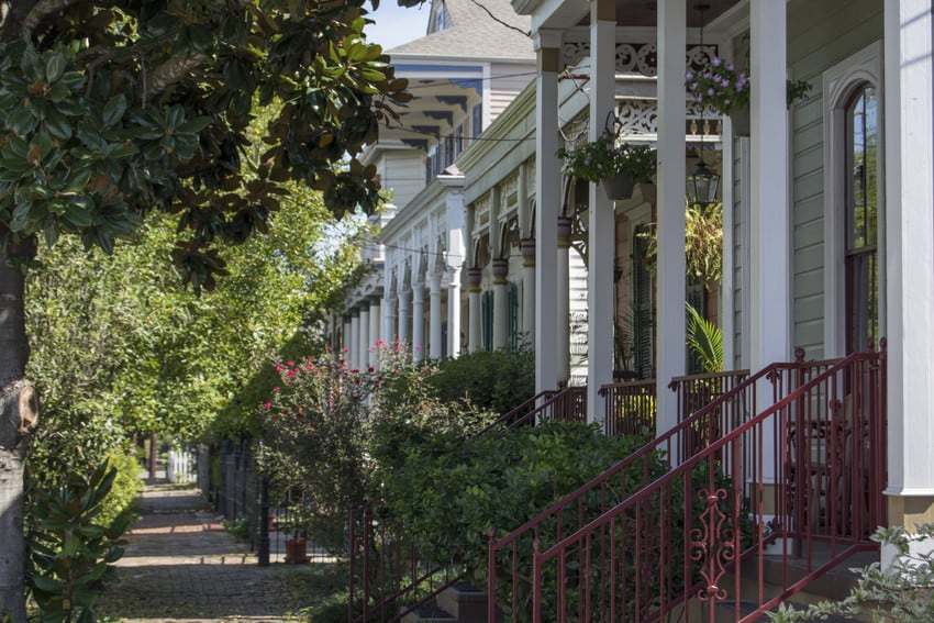 A row of French architectural homes in New Orleans.