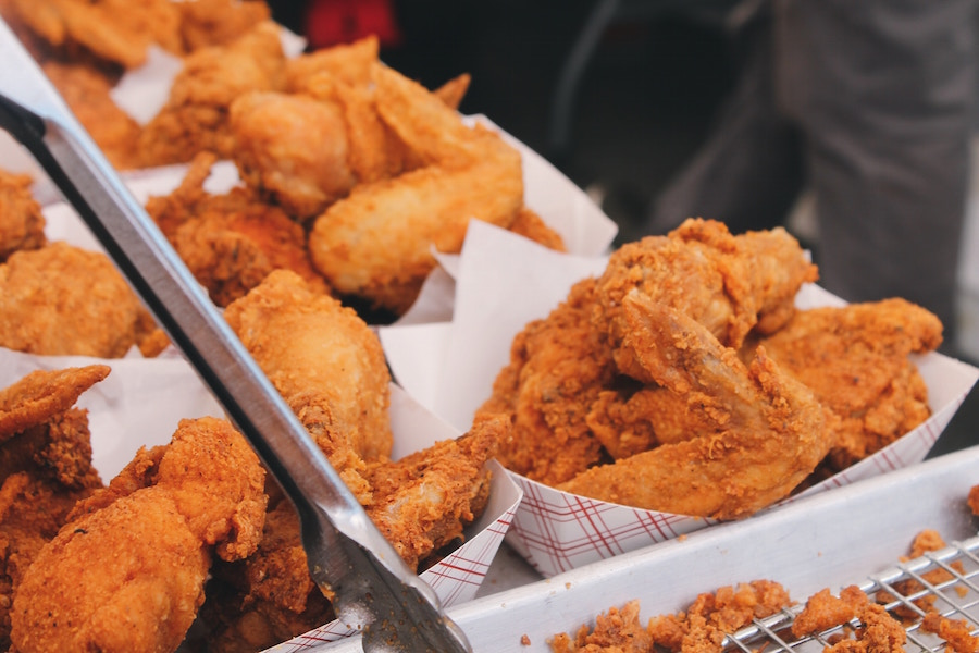 Fried chicken in paper baskets.