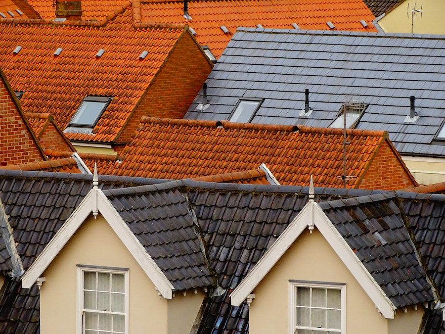 Roofs in neighborhood